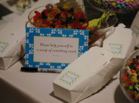 "candy ""bar"" sign + favor boxes"